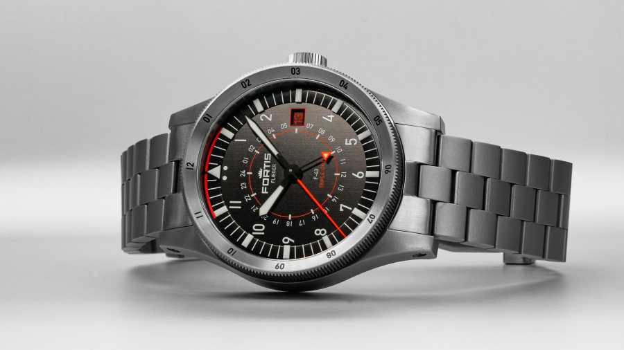 Fortis Flieger  - F-43 Triple-GMT